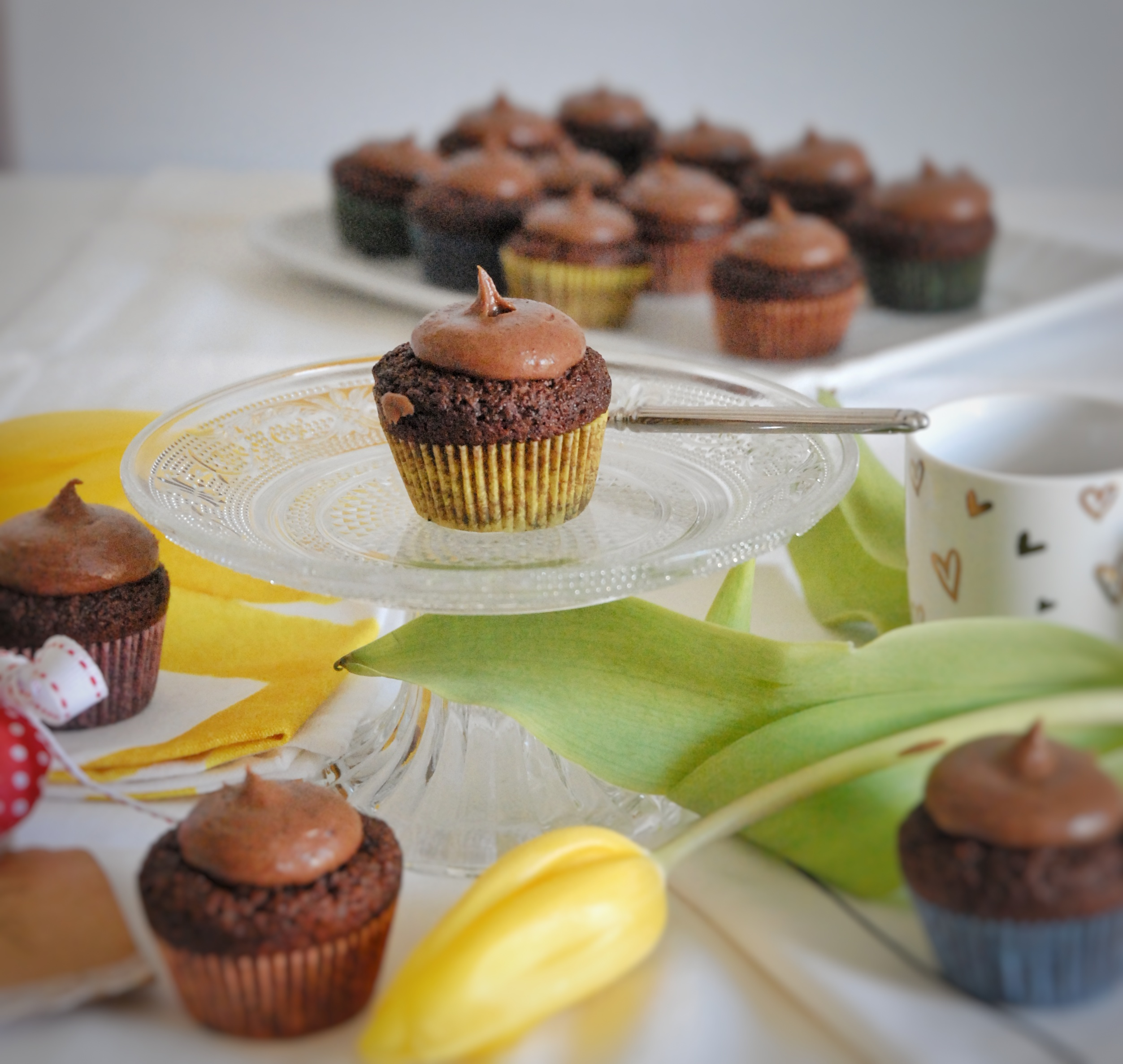 Cupcakes  al cacao con frosting al cioccolato