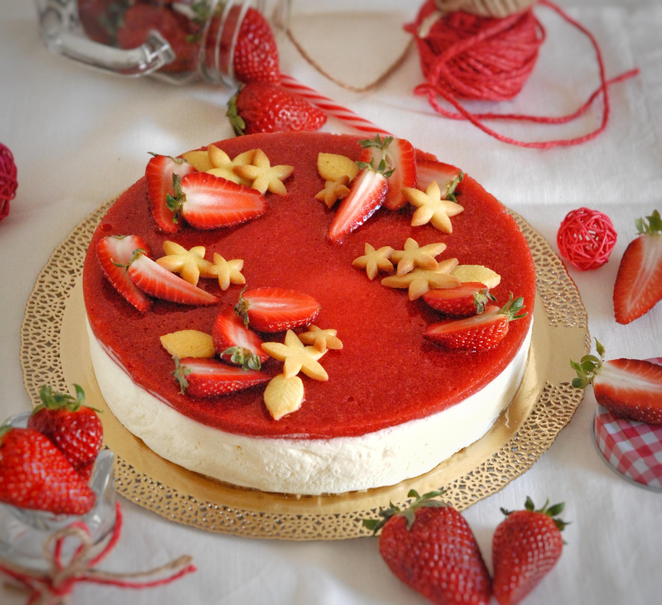 Cheesecake fredda alle fragole fresche