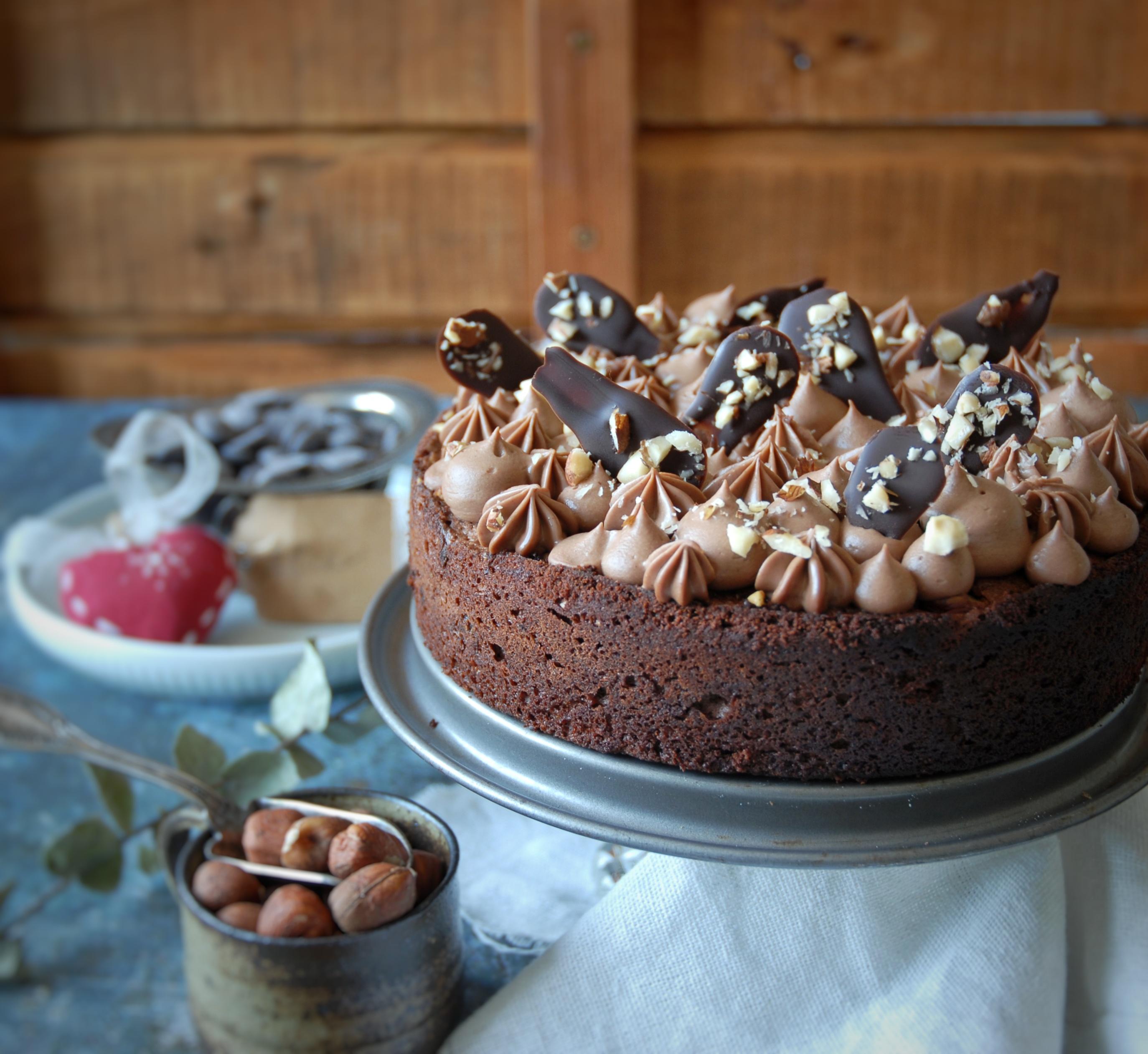 Torta Brownies alle nocciole