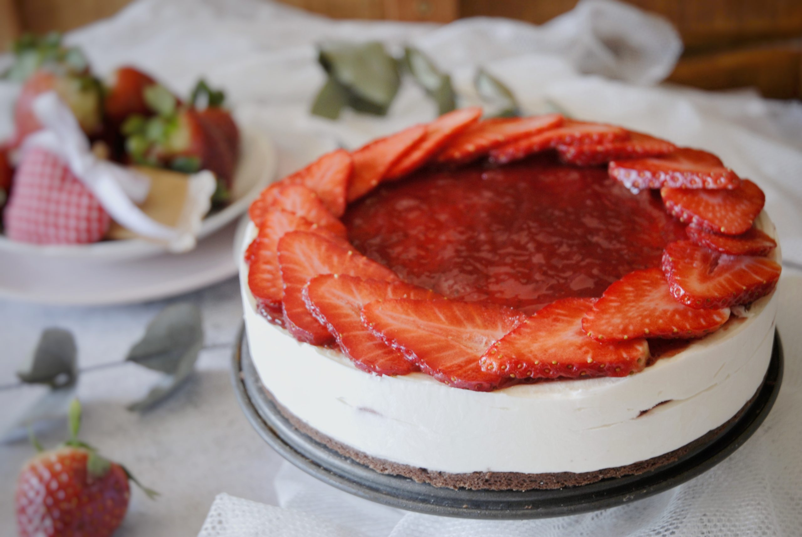 Cheesecake con ricotta e fragole
