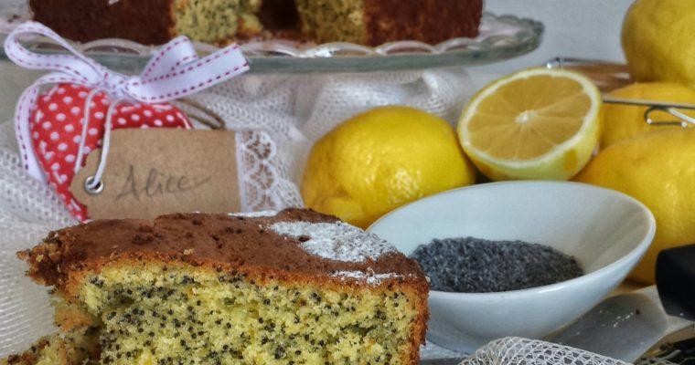 Ciambellone al limone e semi di papavero