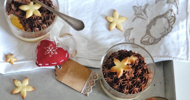 Coppette di crema al semolino con cioccolato fondente