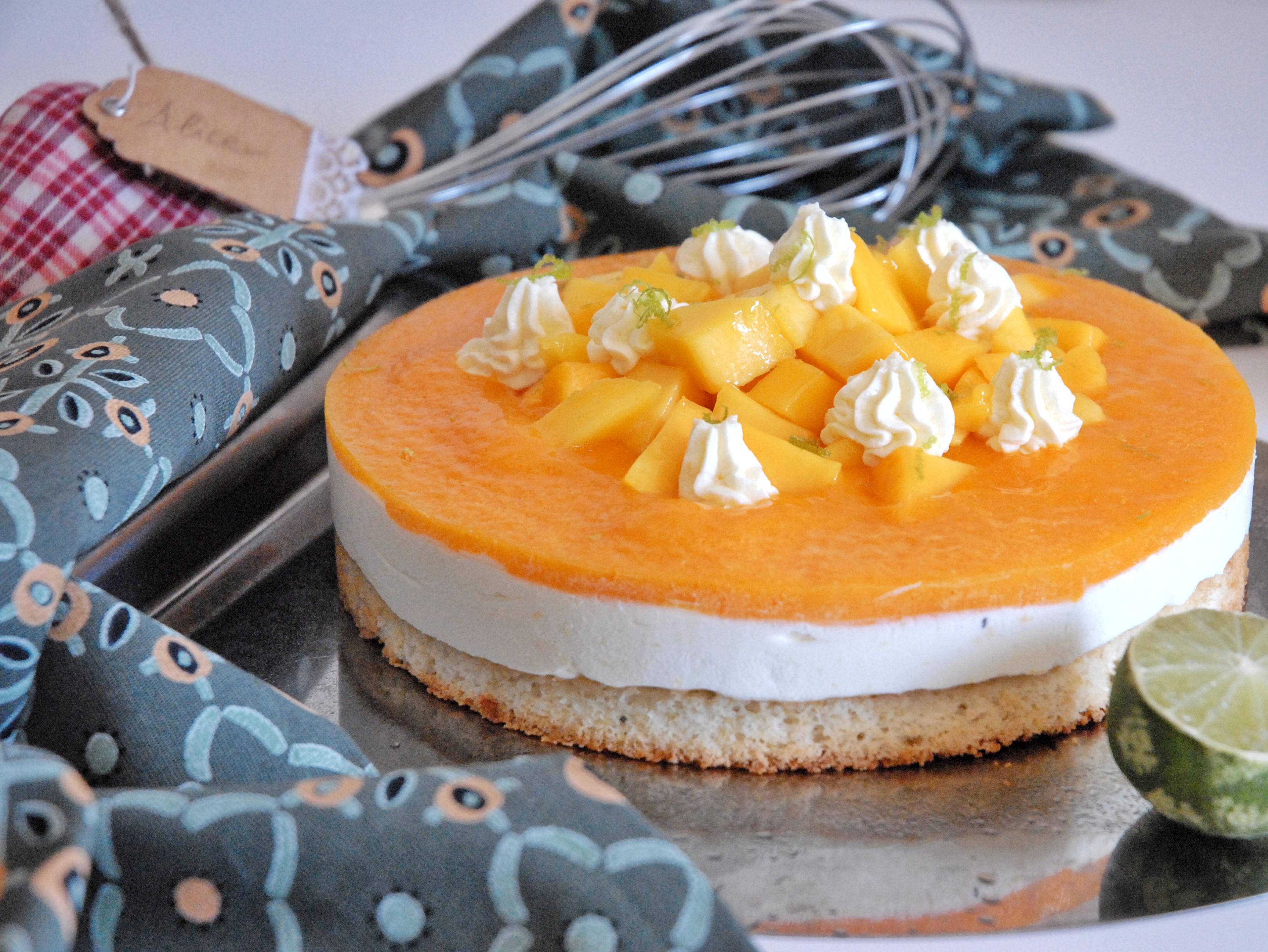 Torta fredda al mango con cocco e lime