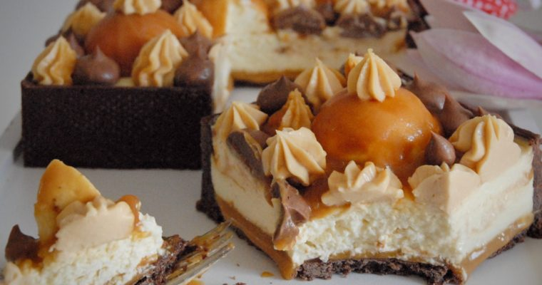 Cheesecake al caramello mou e cioccolato