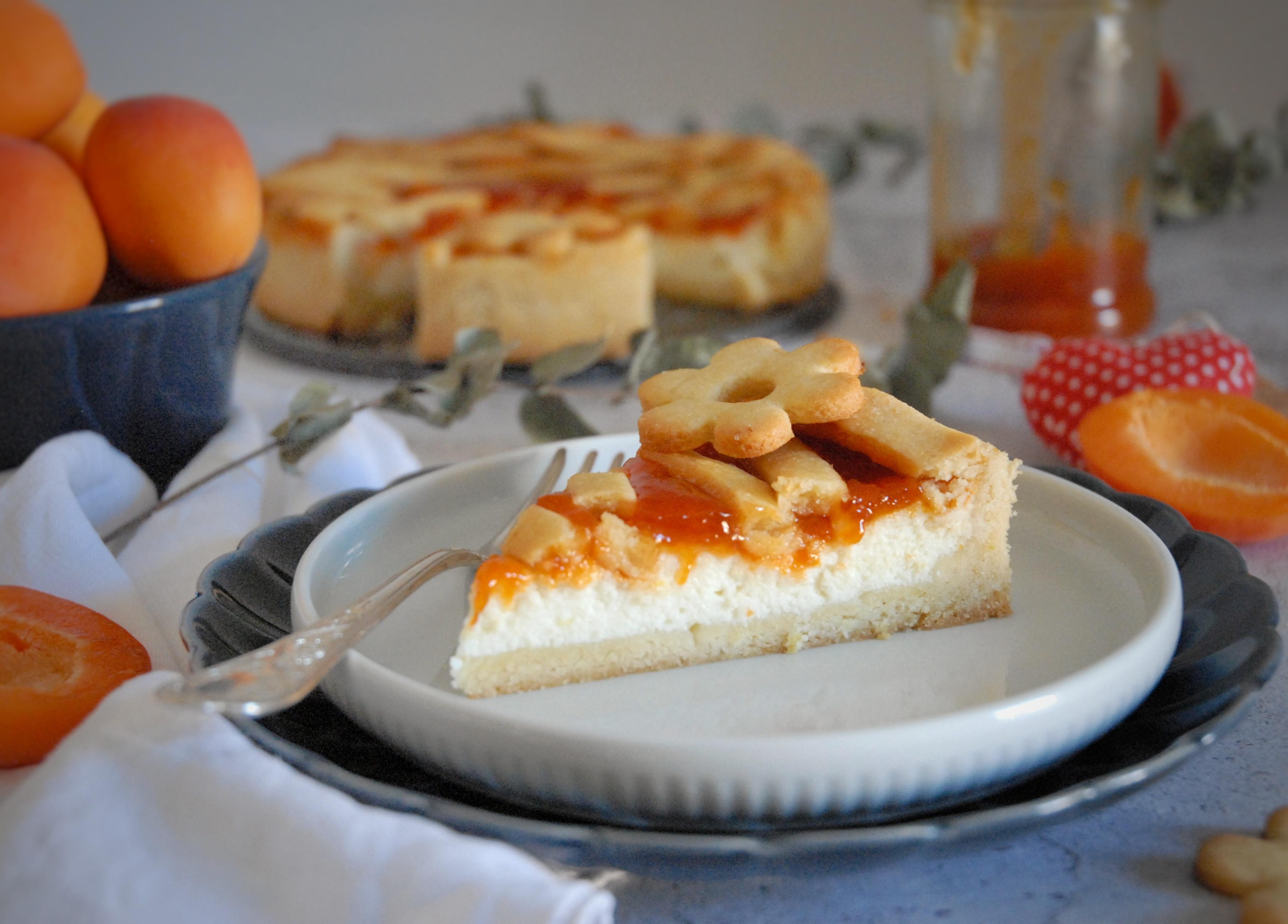 Crostata senza burro con ricotta e confettura di albicocche