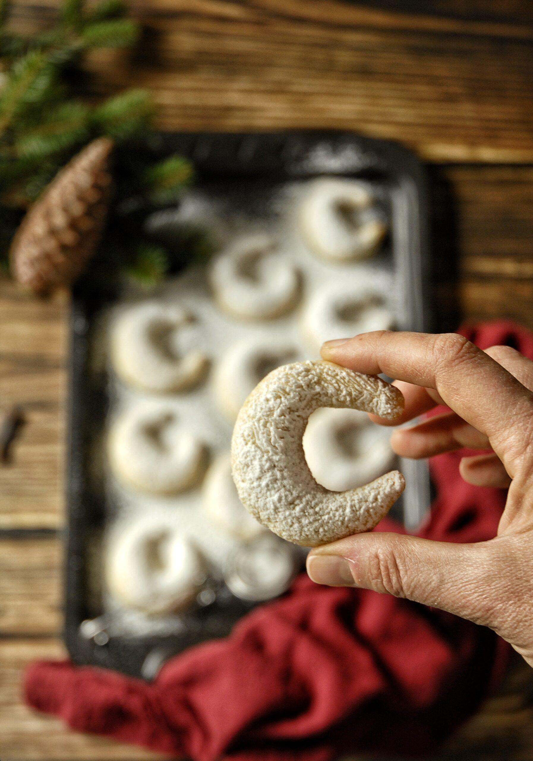 Kipferl di mandorle alla vaniglia