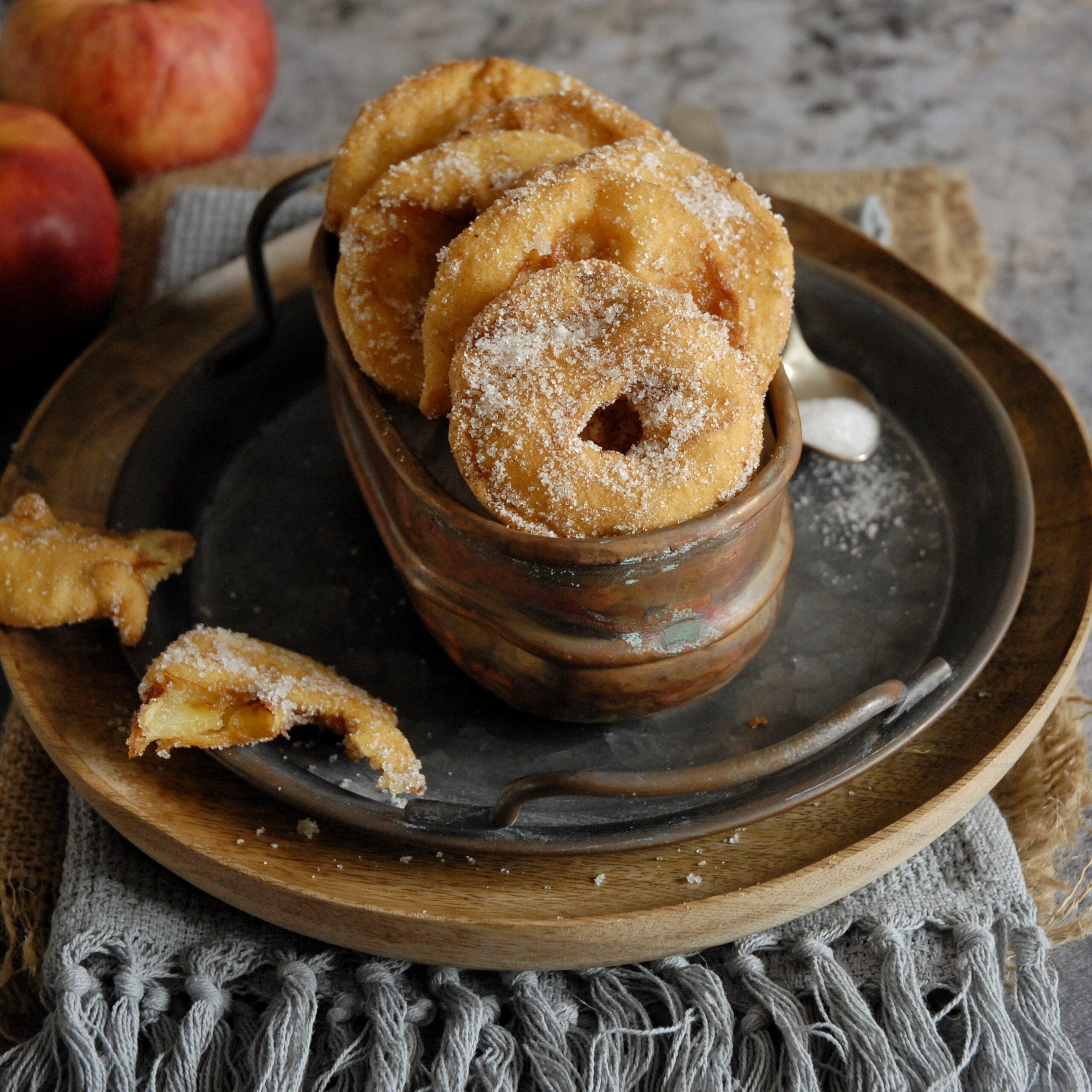 Frittelle di mele al profumo di cannella