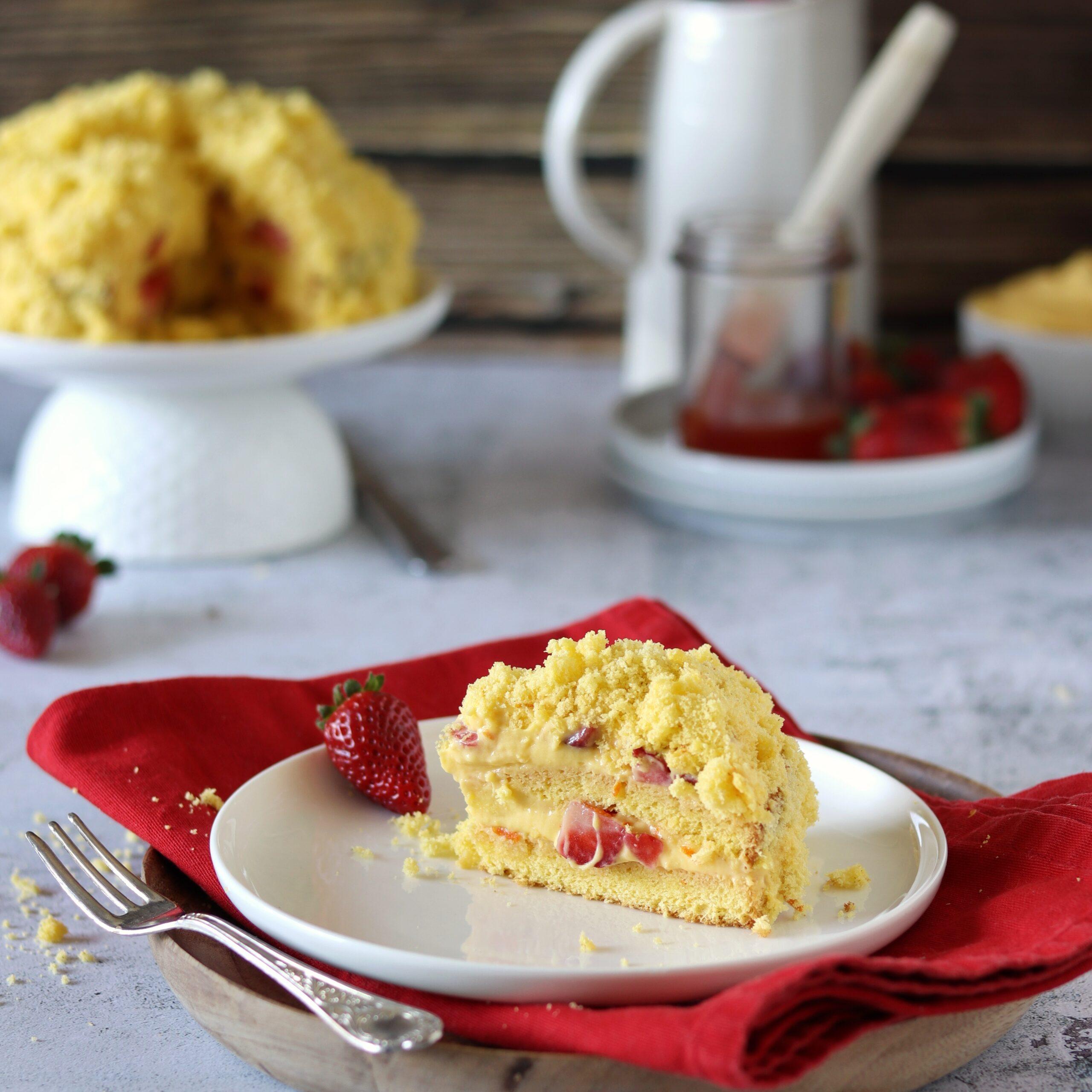 Torta mimosa fragole e arancia