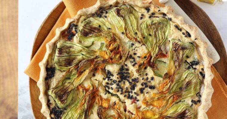 Torta salata di grano cotto con zucchine, ricotta e sesamo nero