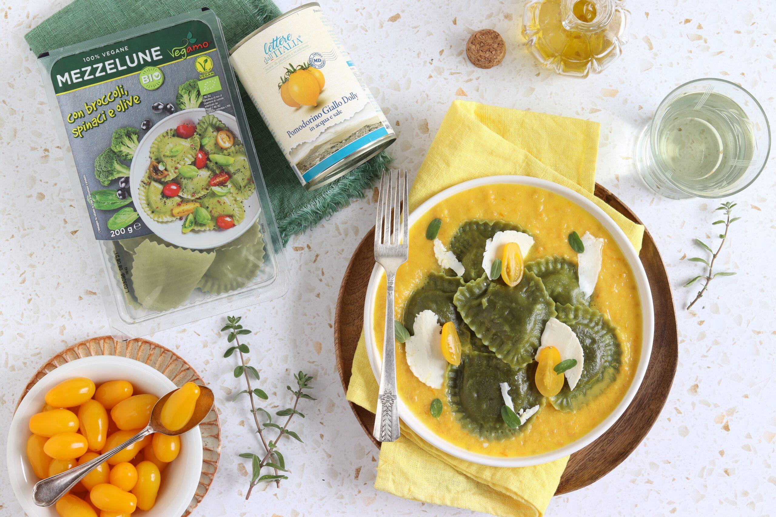 Mezzelune ai broccoli e pomodori gialli