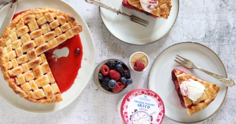 Pie ai frutti rossi con yogurt gelato