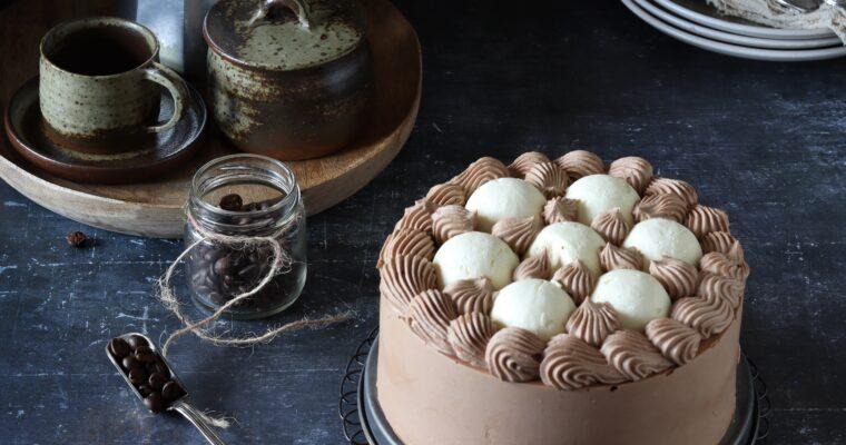 Bavarese cioccolato e caffè con semisfere al mascarpone