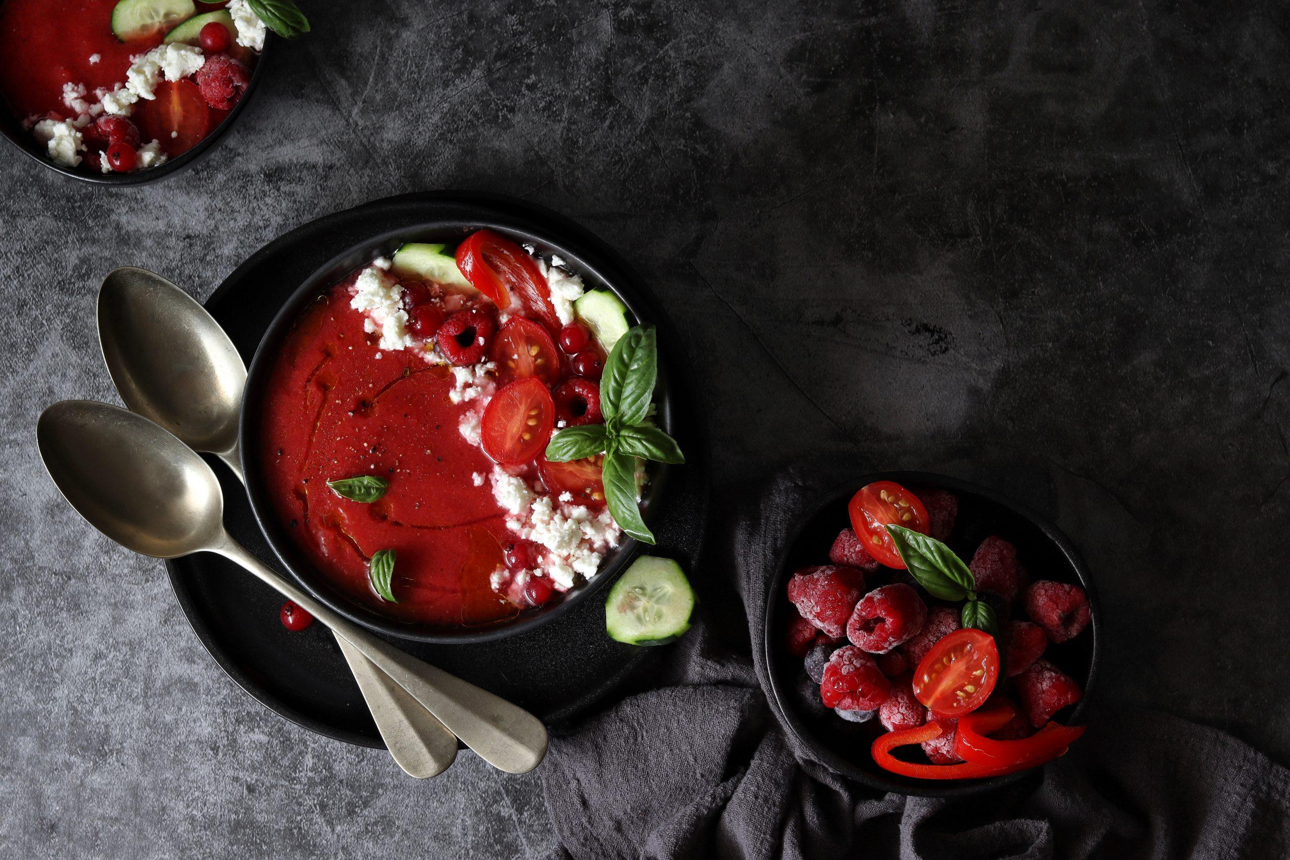 Gazpacho estivo di frutta e verdura
